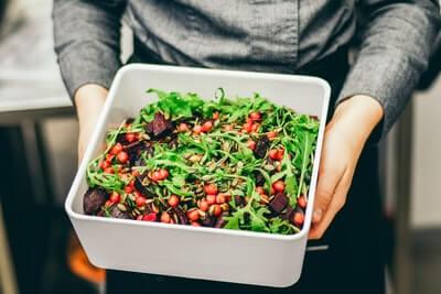 カット野菜のサラダ
