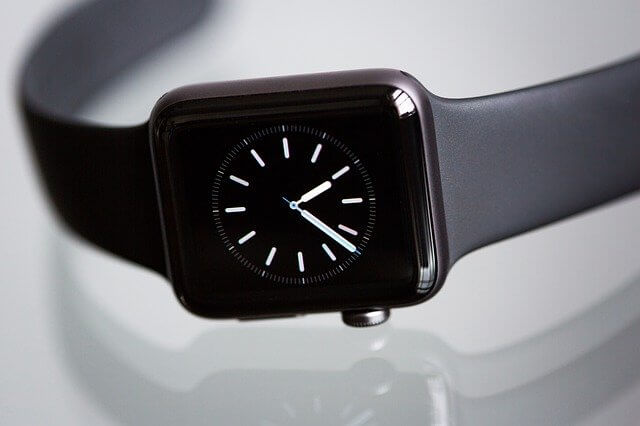 シンプルな黒のアップルウォッチ